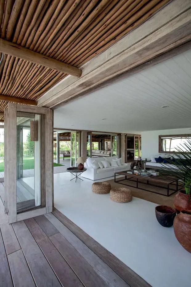 sur une plage br silienne planete deco a homes world. Black Bedroom Furniture Sets. Home Design Ideas