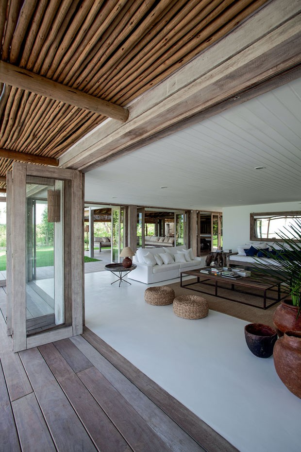 sur une plage br silienne planete deco a homes world bloglovin. Black Bedroom Furniture Sets. Home Design Ideas