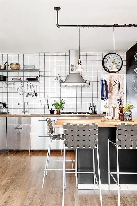 Petit appartement grande cuisine planete deco a homes for Cuisine pour petit appartement