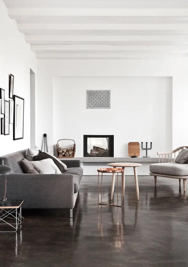 une maison blanche et grise au danemark planete deco a homes world bloglovin. Black Bedroom Furniture Sets. Home Design Ideas