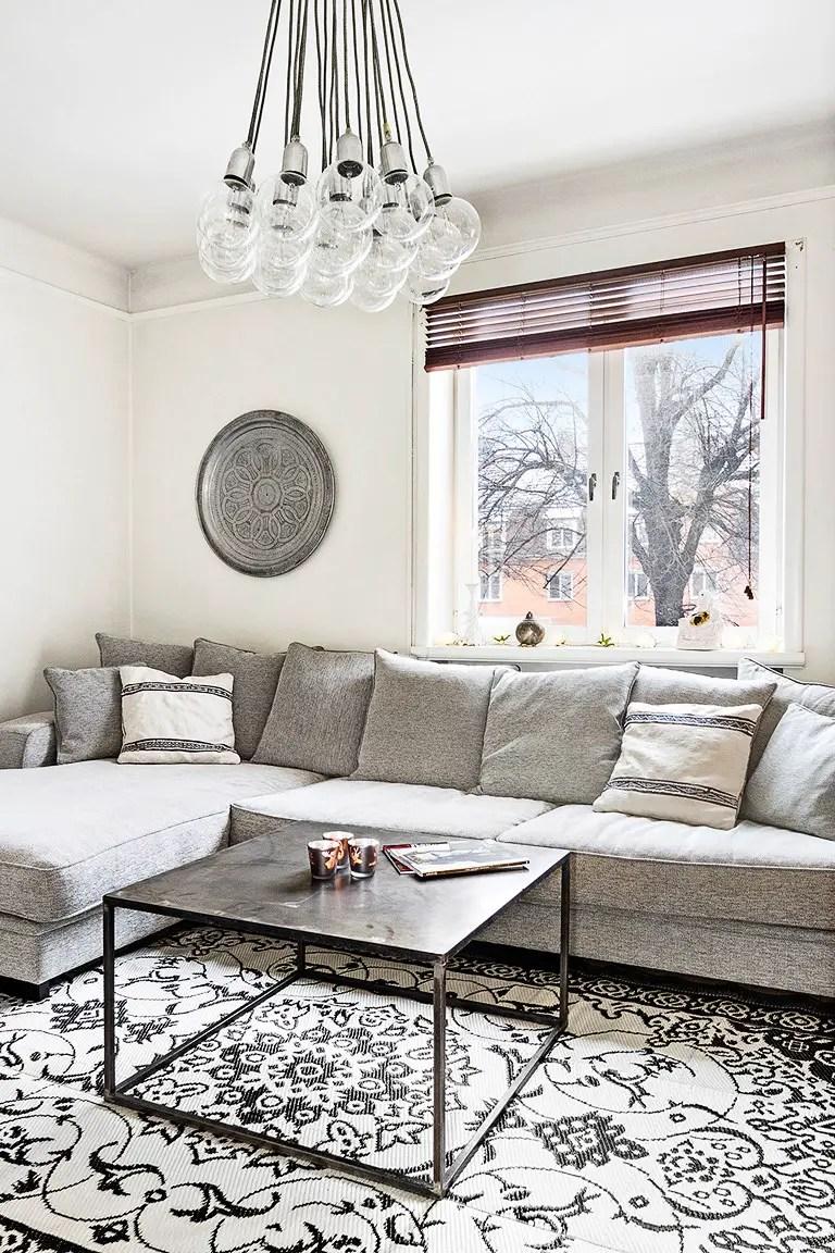 carreaux de ciment en noir et blanc planete deco a homes world bloglovin. Black Bedroom Furniture Sets. Home Design Ideas
