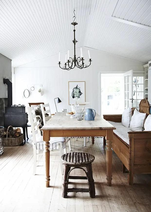 une modeste maison de vacances planete deco a homes. Black Bedroom Furniture Sets. Home Design Ideas