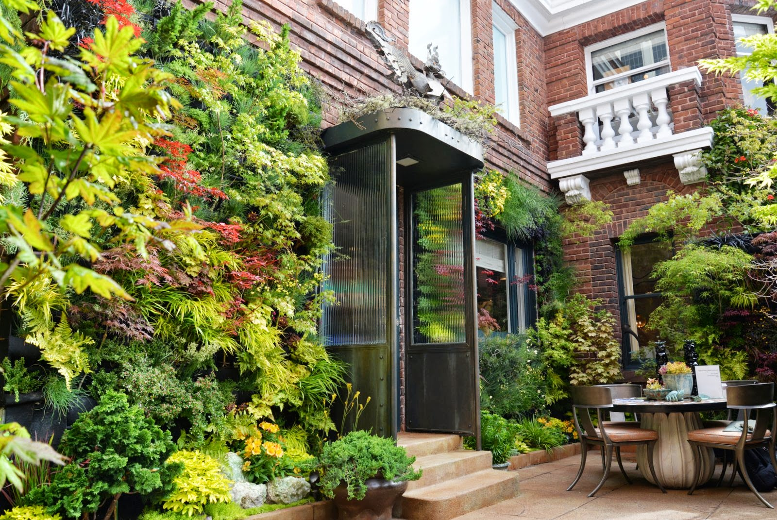 Fullsize Of Vertical Window Gardens