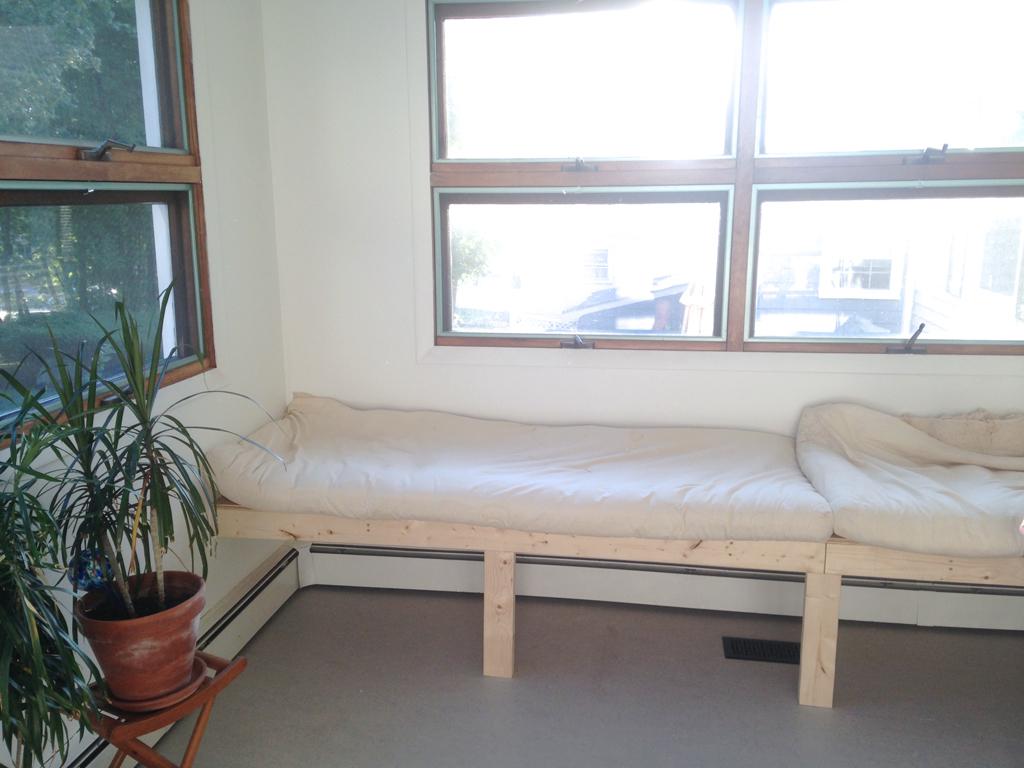 DIY bench cushion -- Plaster & Disaster