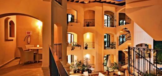 Acanto Boutique Hotel & Condominiums