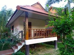 Nung House, Khao Sok
