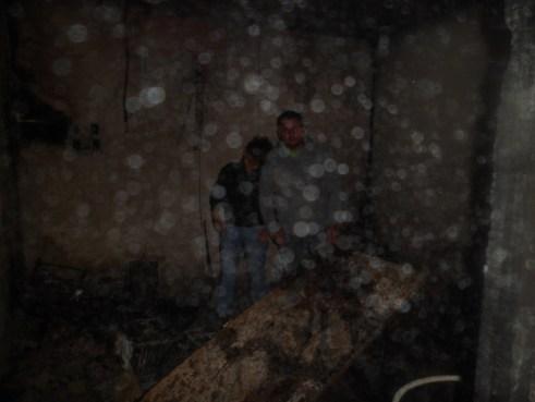 Los restos quemados de la emisora.
