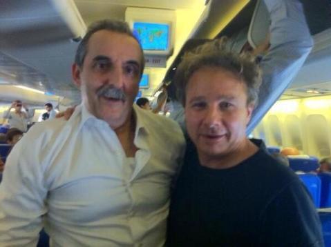 rubén weinsteiner con moreno en un avión