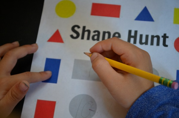 Shape Scavenger Hunt: learn shapes inside the house (plus a printable!)