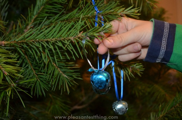 Polar Express craft for kids - frozen jingle bell Christmas ornaments!