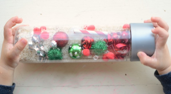 FUN Christmas activity for toddlers and preschoolers - Christmas I Spy bottle!