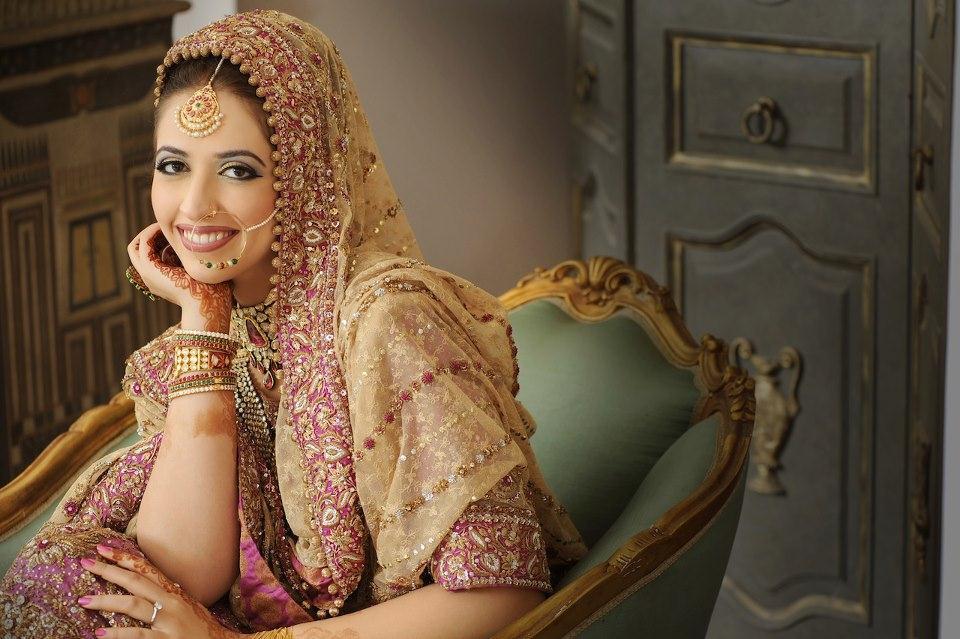 Buying Bridal Lehenga this Wedding Season?