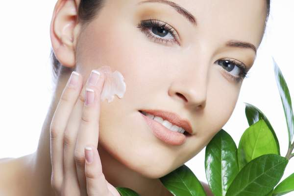 The Benefits of Using Organic Skin Products