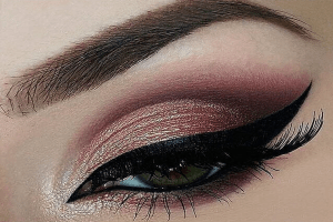How to Step Up Your Eyelash Game