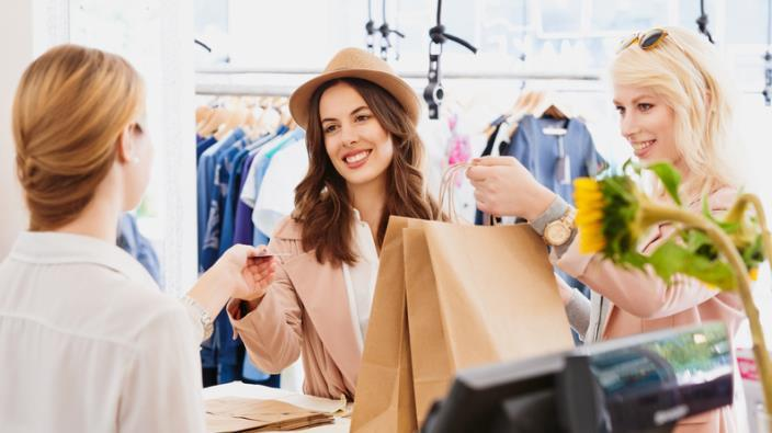 Guide Your Fashion In A Manner By Avoiding Falling Into Debt