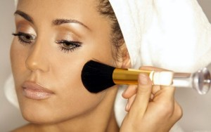 How to choose the best foundation for sensitive skin