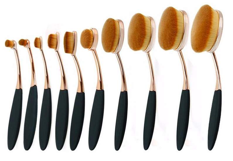 Finally I found a good quality, smooth and easy to use Makeup Brush
