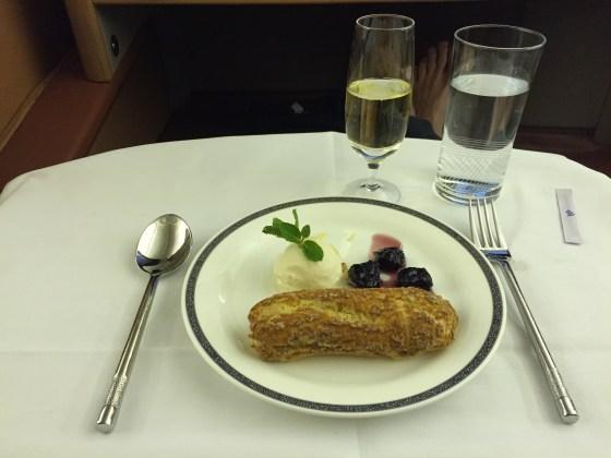 SQ Airlines dessert