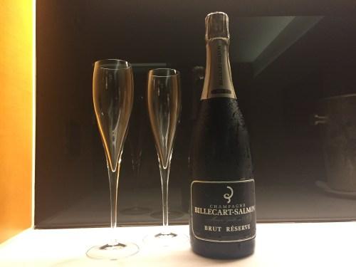 park hyatt abu dhabi review luxury hotel breakfast diamond beach pool welcome champagne
