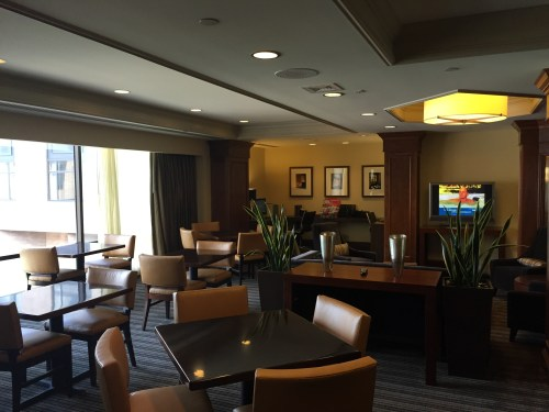 hyatt regency st. louis diamond amenity club cardinals arch downtown