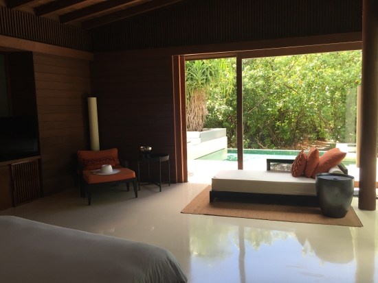 hotel review park hyatt maldives pool villa save points diamond