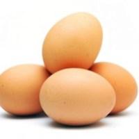 Пролетни яйца в пикантен сос