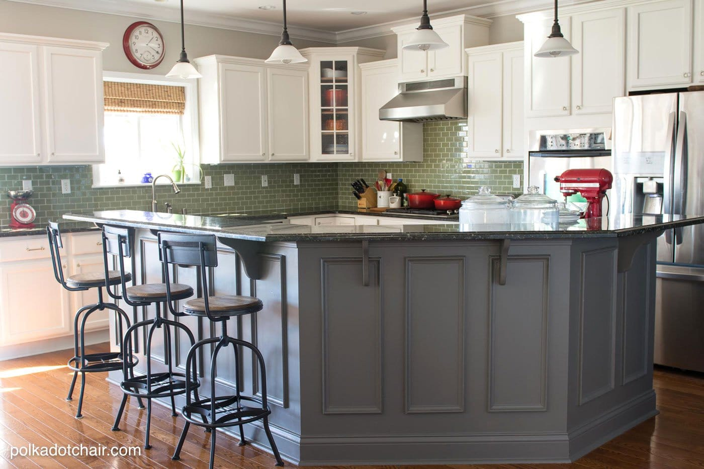 tips for painting kitchen cabinets painting kitchen cabinets Before and After Photos of a Kitchen that had it s Cabinets Painted White lots of