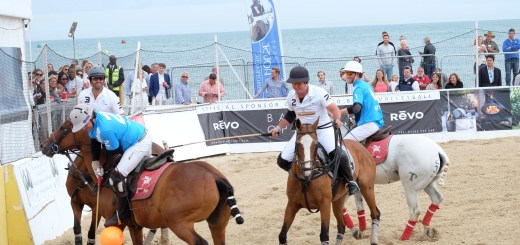 PoloPeoplePlaces.com at Sandbanks Beach Polo