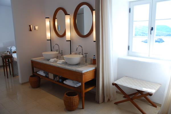 Bathroom Sveti Stefan Suite