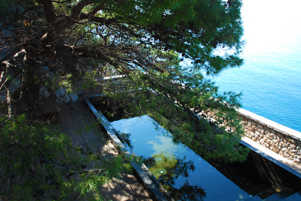 Sveti Sefan Pool