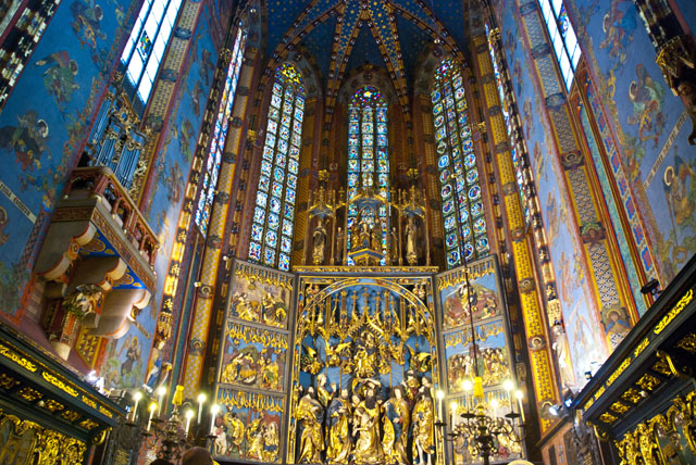 Sights to See in Krakow, Poland | Pommie Travels