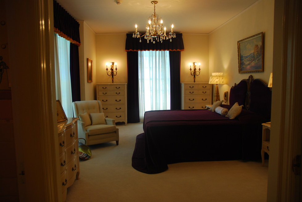 Elvis's parents' bedroom at the Graceland Mansion in Memphis Tennessee