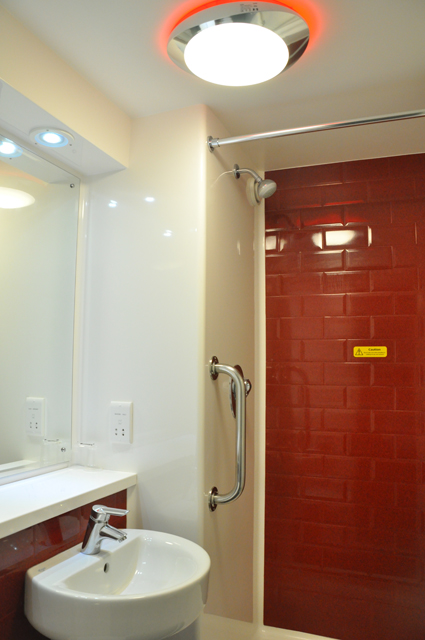 Bathroom in the New Travelodge Room