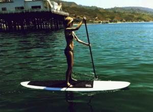 marisa-miller-workout-paddleboarding