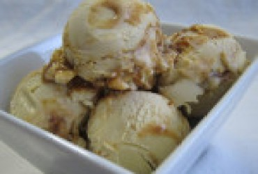 Brown Sugar Ice Cream with A Ginger-Caramel Swirl
