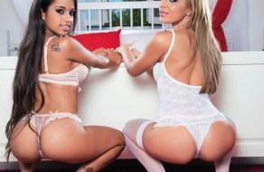 fotos Lupe Fuentes se divierte con su amiga lesbiana
