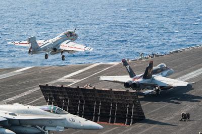 Dernier vol de service actif pour le EA-6B Prowler de l'US Navy