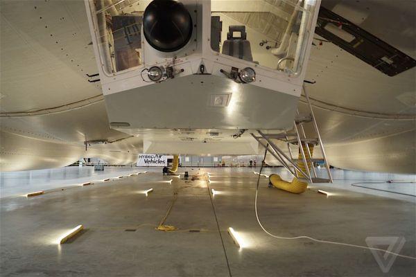 Cockpit de l'Airlander 10, Crédits : The Verge
