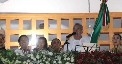 Vitorea Roberto Nevárez a los Héroes de la Independencia