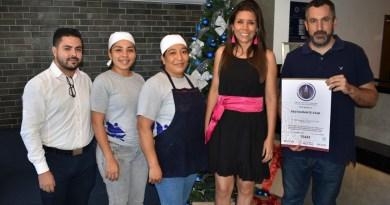 Entregan distintivo H, a restaurante Star en Manzanillo