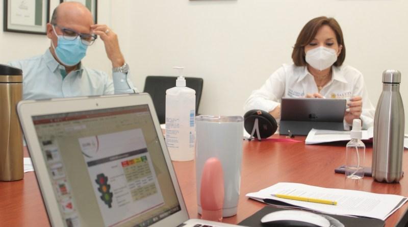 No hay gel desinfectante  con metanol en el Estado