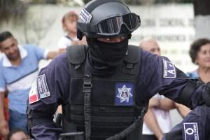 POLICIA 21 (2)