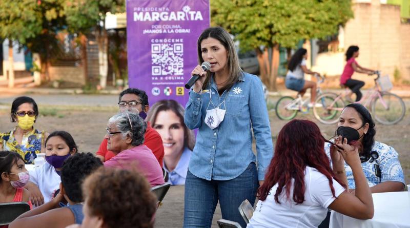 Margarita Moreno reunión Bosques del Sur (1)