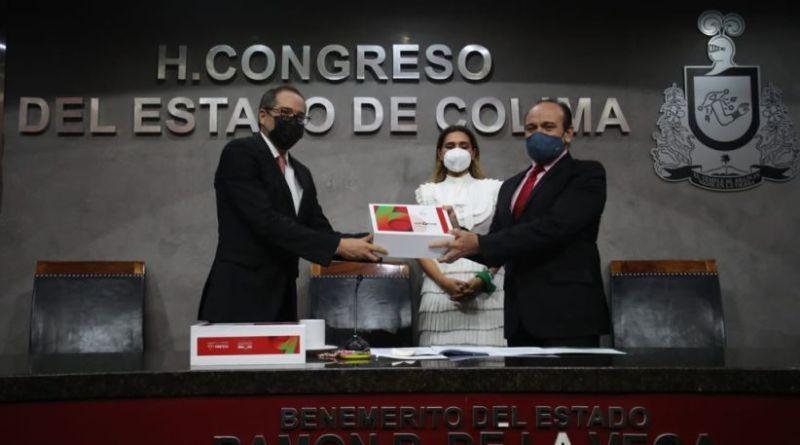 thumbnail_JIPS-Entrega-de-Informe-al-Congreso-1