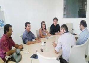 Prefeito de Picuí visita o INSA para conhecer projeto de reuso da água de esgoto nas culturas forrageiras
