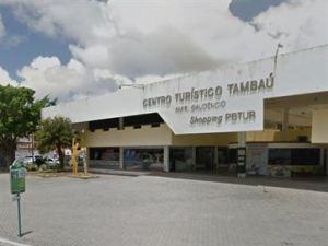 Seis turistas de SP sofrem arrastão em praia da Capital; dupla com facas é suspeita