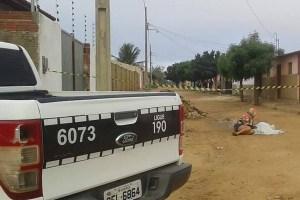 Homem é encontrado morto esfaqueado em frente a sua casa em Nova Floresta-PB