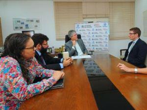 Ricardo discute parcerias entre PB e Reino Unido em reunião com cônsul britânico