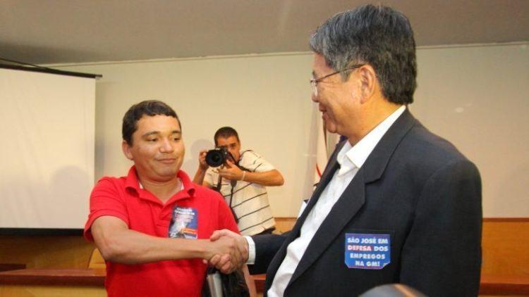 A reunião durou o dia todo e foi mediada pelo Ministério do Trabalho e pela Prefeitura