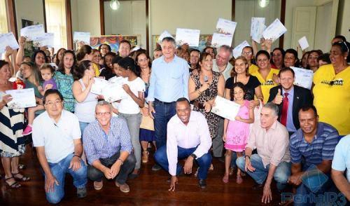 """""""Nosso Bairro"""" forma 305 alunos em Centros Comunitários de Pinda"""